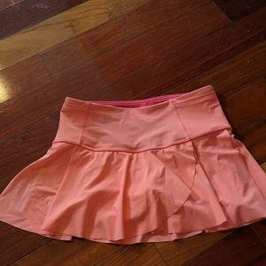 Super cute and vibrant color Lululemon skirt.